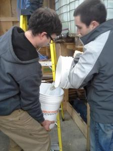Combining buckets